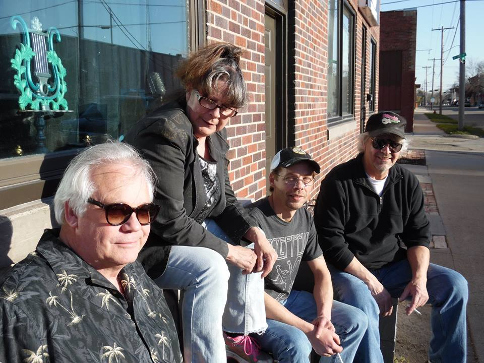 Bob 'n Judi Letheby, Tad Hunter, & Bill Settell (The Winter Avenue Band) Performing live at 