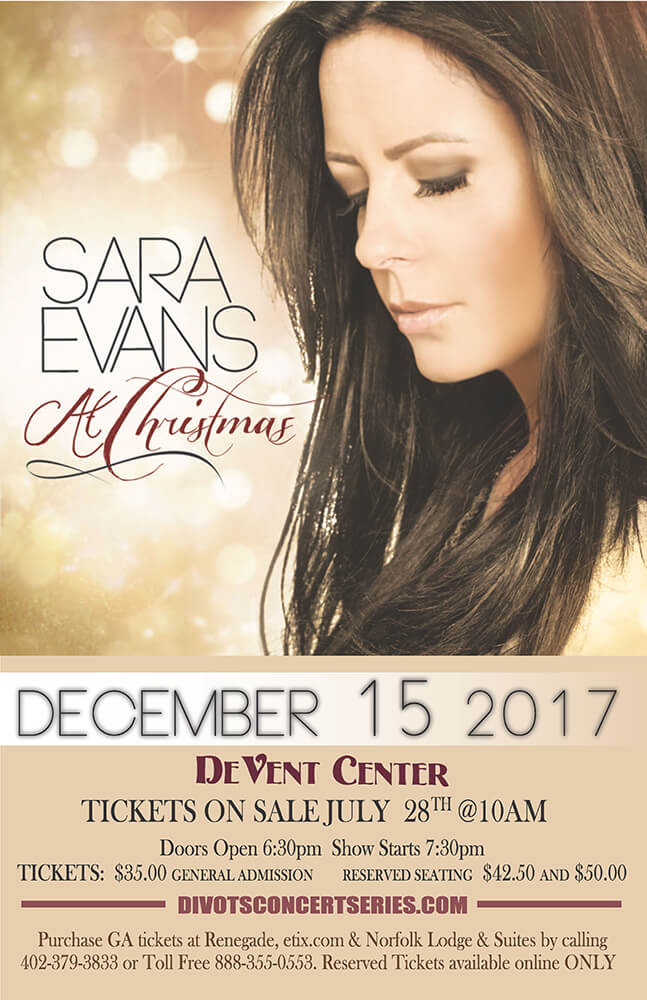 Sara Evans Live Christmas Concert Performing at 